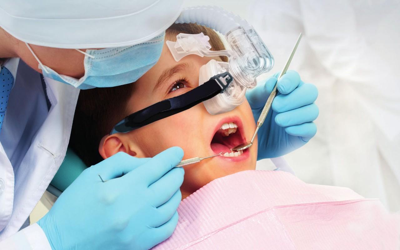 Zahnarztpraxis Filderstadt Leuchtweis: Lachgassedierung