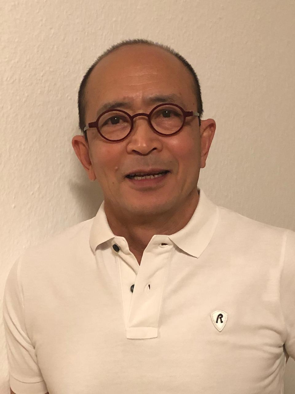 Zahnarzt Thanh Leuchtweis